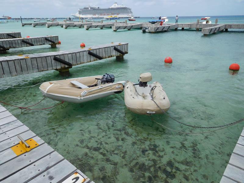 Dinghy-Dock in Cozumel