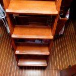 Die neu lackierte Treppe