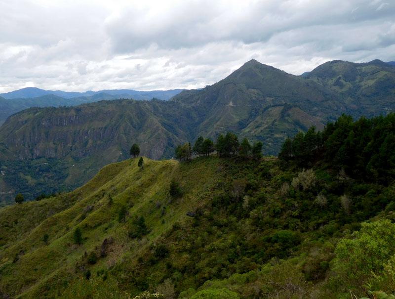 Die Anden - in der Ferne noch über 5000 Meter