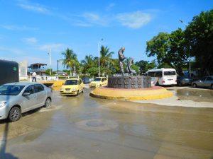 Gleiche Stelle- Am nächsten Morgen steht nur noch ein bisschen Wasser auf den Straßen