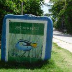 Hinweis-Schilder aus Mosaik