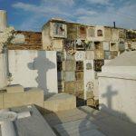 Die Favelas unter den Gräbern