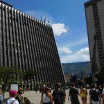 Düstere Regierungsgebäude in Medellin