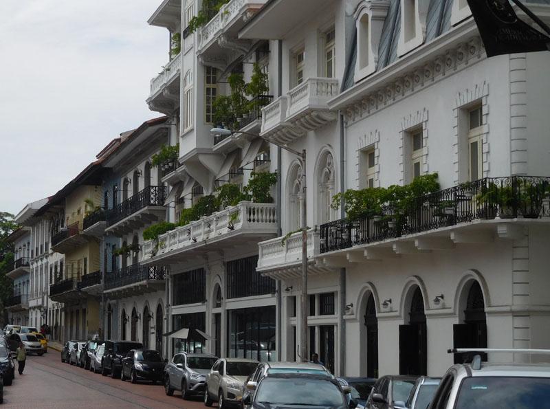 Wunderschöne Straßenzüge in Panama City