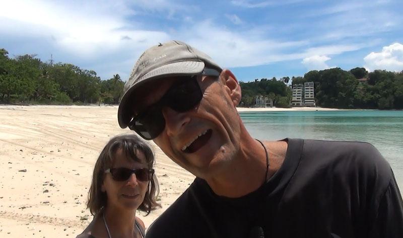 Atanga Team bei der Arbeit - Selfies für den Blog
