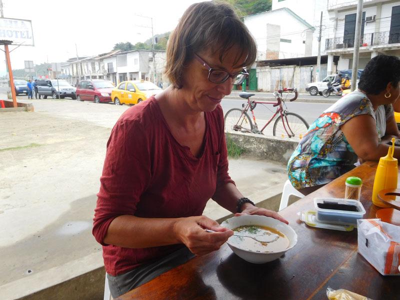 Fischsuppe zum Frühstück