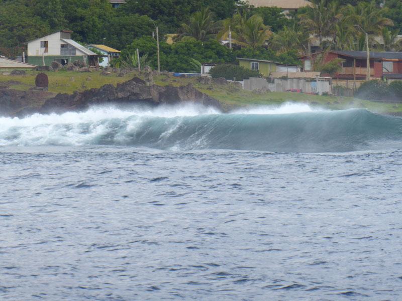 Am späten Nachmittag sind die Wellen sogar von der Rückseite beeindruckend