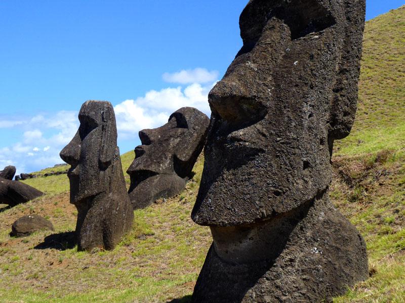 Moai satt