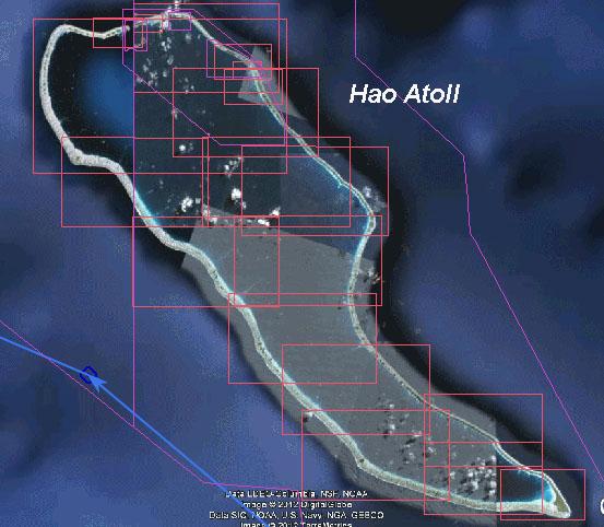 Hao Atoll - über das Riff schwappt die Lagune aus Süden voll Wasser